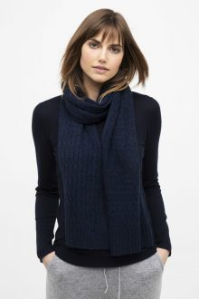 Cable Scarf - Kinross Cashmere