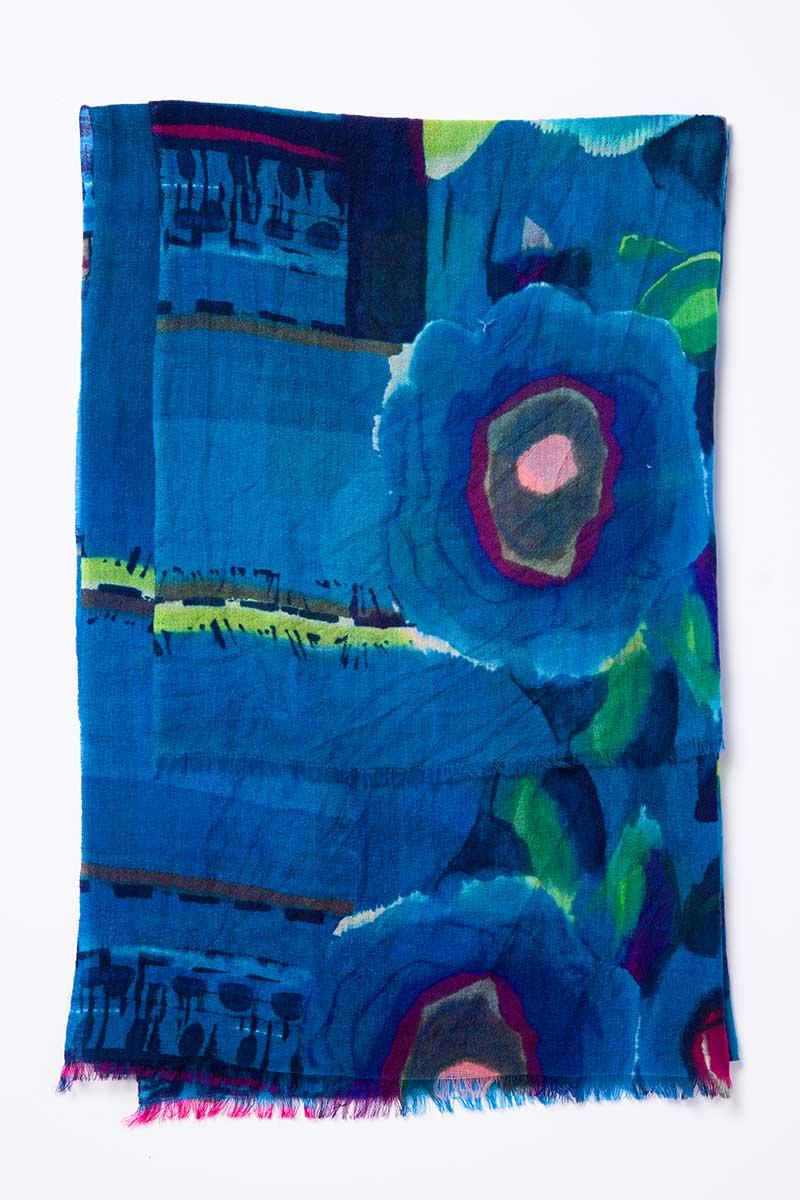Kinross Cashmere   Resort 2015   Aquaflora Print Scarf