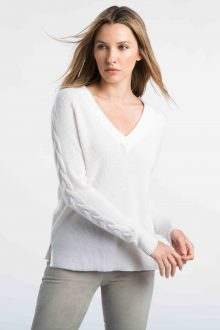 Cable Sleeve Vee - Kinross Cashmere